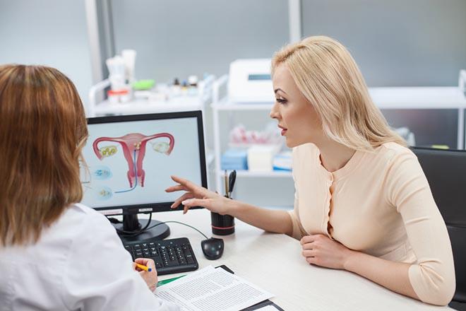 гинеколог на приеме